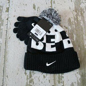 NWT NIKE BLack White BE BOLD Winter Beanie Hat Set